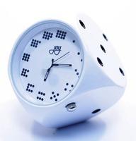 """Часы """"Кубик"""" белый"""